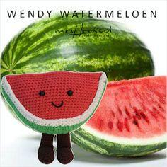 Walter en Wendy watermeloen (In Haken) Amigurumi Toys, Crochet Patterns Amigurumi, Crochet Toys, Lidl, Chrochet, Loom Knitting, Crochet For Kids, Sheep Wool, Watermelon