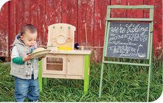 fresh snapped photos   new baby announcment  freshsnappedphotos.com  #baby #announcement #photo #chalkboard #oven #buninoven