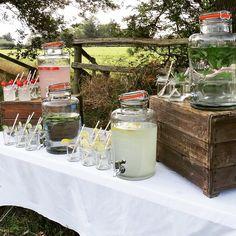 Display at a beautiful outdoor wedding. #Kilner