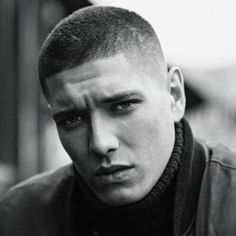 31 Inspirational Short Military Haircuts for Men 2018 Guys haircuts fade Mens military haircut Mens haircuts fade Short hair styles for men Mens hairstyles short fade military Dude haircuts Curly Hair Hawk Over Lengths Americans Military Haircuts Men, Trendy Mens Haircuts, Cool Hairstyles For Men, Asian Men Hairstyle, Undercut Hairstyles, Cool Haircuts, Military Hairstyles, Simple Hairstyles, Men's Haircuts