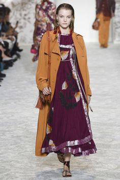 Etro Spring/Summer 2018 Ready-To-Wear Collection