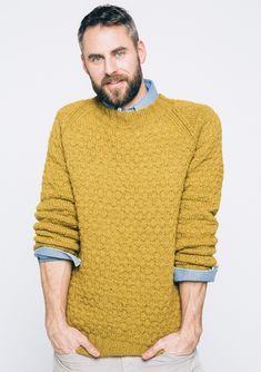 Ravelry: Nr Teodor pattern by Sandnes Garn Mens Cable Knit Sweater, Men Sweater, Jumper Knitting Pattern, Knitting Patterns, Chinos Men Outfit, Crochet Men, Bodybuilding Clothing, Mens Fall, Mens Jumpers