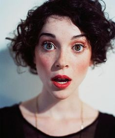 Annie Clark of St. Vincent - I want her hair. ...And her skin... tone.