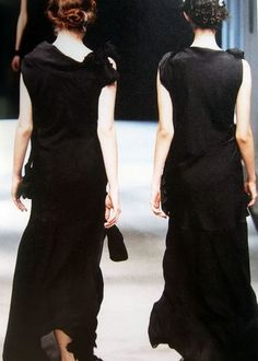 ///YOHJI YAMAMOTO, SS98: also happens to be a crazy rad photo.