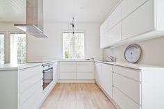 Home arşivleri - finalrecipe Dining Area, Kitchen Dining, Kitchen Cabinets, Interior Design Kitchen, Interior And Exterior, Architecture Design, Sweet Home, House Design, Bedroom Modern