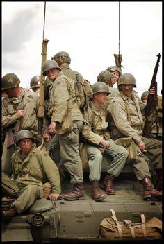 Ww2 History, Military History, Us Ranger, American Uniform, D Day Normandy, Ww2 Uniforms, Military Diorama, Korean War, Vietnam War