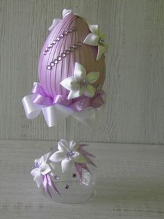 1 million+ Stunning Free Images to Use Anywhere Egg Crafts, Easter Crafts, Diy And Crafts, Christmas Crafts, Quilted Ornaments, Fabric Ornaments, Ribbon Art, Ribbon Crafts, Coconut Decoration