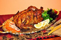 Pakistani dishes are very popular in the world and people are learning many new dishes and In chicken dishes Tandoori Murgh is cheaper that other dishes. Indian Beef Recipes, Goan Recipes, Mexican Food Recipes, Chicken Recipes, Tandoori Recipes, Yummy Recipes, Cooking Recipes, Indian Chicken Dishes, Indian Dishes