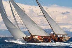voilier kesch de 1950 en bois | Voir les caractéristiques détaillées de Adria (Méditerranée)