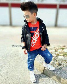 Engjiandy 🍀 —: - Saturday Mood ✌🏼💎- - Wish you all a wonderful weekend 😍 Trendy Boy Outfits, Outfits Niños, Little Boy Outfits, Teen Girl Outfits, Toddler Boy Outfits, Kids Outfits, Kids Wear Boys, Baby Boys, Toddler Boys