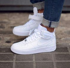 The Nike Ultra Force Mid Essential Trainers - Sneakers Nike - Ideas of Sneakers Nike - The Nike Ultra Force Mid Essential Trainers Moda Sneakers, Cute Sneakers, Sneakers Mode, Sneaker Outfits, Converse Sneaker, Nike Fashion, Sneakers Fashion, Fashion 2017, Fashion Shoes