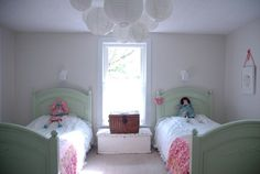 I like the idea of the hanging globe lanterns in the center since we do not have an overhead light in the girls room.