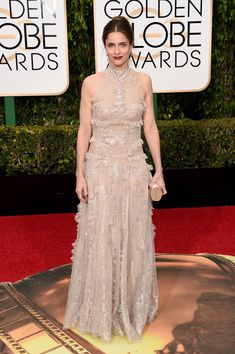 Pin for Later: Don't Miss a Single Sexy Look From the Golden Globes Amanda Peet Wearing an Alexander McQueen dress.