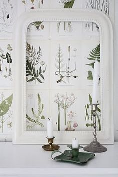 Love the background idea of having one large frame with lots of botanical print sheets side by side within the single frame. Botanical Decor, Botanical Wallpaper, Botanical Prints, Botanical Gardens, Arts And Crafts, Diy Crafts, Beautiful Wall, Beach Cottages, Home Decor Inspiration