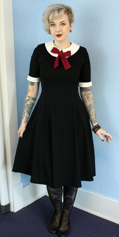 Coffin Kitsch: Little Raspberry Bow #goth #outfit #hellbunny