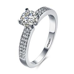 Timeless Design Natural Princess Cut Diamond Platinum Engagement Ring