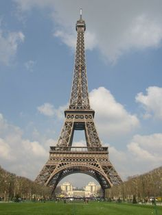 peace and love in the paris