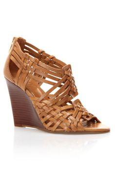 STYLEeGRACE ❤'s these Tory Burch Tevray wedge sandals!