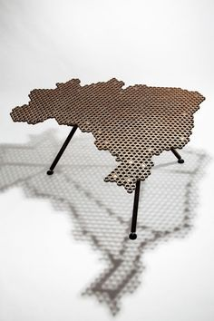 United States Table Design would be awesome! Car Part Furniture, Steel Furniture, Unique Furniture, Industrial Furniture, Furniture Design, Diy Furniture, Welding Art Projects, Metal Art Projects, Metal Crafts