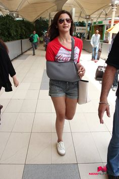 Alia Bhatt snapped on her way back from Hyderabad