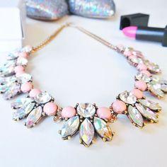 Shine Bright Statement Necklace #pink #glam #sparkle #fashion #style #statementnecklace - 22,90  @happinessboutique.com
