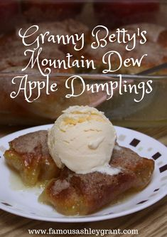 Mountain Dew - in a dessert? Mountain Dew Apple Dumplings - This dessert has the consistency and texture of a softer apple pie. Don't be frightened by the name. It's delicious. Click through the image for the recipe! Vegan Pizza Recipe, Pizza Recipes, Dessert Recipes, Tandoori Paneer, Baked Goat Cheese, Pinwheel Recipes, Apple Dumplings, Healthy Pumpkin, Lemon Chicken