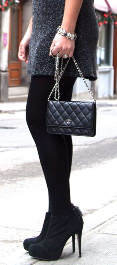 Chanel WOC - Wallet on chain. www.lovethatbag.ca