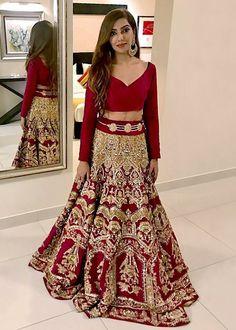 Ali Xeeshan, Latest Bridal Dresses, Stylish Gown, Pakistani Designers, Party Wear Dresses, Bridal Lehenga, Traditional Dresses, Dress Collection, Two Piece Skirt Set