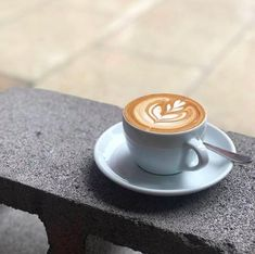 After three hours of exploring the laneways and history of Melbourne, you're going to need one of these. All our daytime walking tours end with a cup of this city's beverage of choice. ⠀ ⠀ To learn more or to book a tour, click the link in our bio. ⠀ ⠀ 📸 @novacancycafe Walking Tour, Exploring, Melbourne, Latte, Beverages, Tours, History, Book, Historia