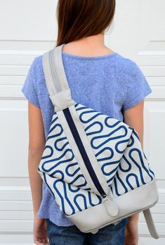 Ikat Bag's 3-way bag design, including strap that splits in half to form a backpack. Tutorial coming soon! Fabric is Jessica Jones Loop print from Cloud9 Fabrics.
