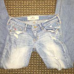 Hollister jeans, size 3 regular Good condition, hollister jeans straight leg! Hollister Jeans Straight Leg