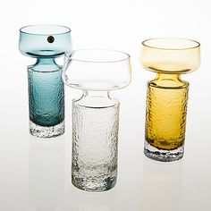 "TAMARA ALADIN - Glass vases ""Safari"" '1495' designed 1966 for Riihimäen Lasi Oy, 1968-1974, Finland.   [h. 20 cm]"