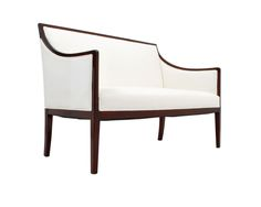 Lars-bolander-neoclassical-settee-furniture-settees-traditional-upholstery
