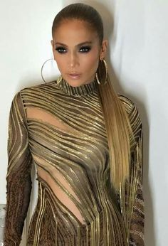 ♥ Pinterest: DEBORAHPRAHA ♥ Jennifer Lopez gold hoops and gold dress + long ponytail
