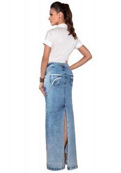 camisa branca manga curta detalhes vazados saia jeans longa detalhes brancos  via tolentino viaevangelica costas df989ff9418