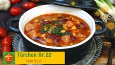 Chili Topf einfach und schnell - Rezept von Alexandras Food Lounge Chili Sauce, Partys, Chana Masala, Soup, Ethnic Recipes, Lounge, Youtube, Pasta With Spinach, Goulash Recipes