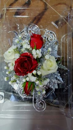 Helen'S flowers in 2019 Crosage Prom, Homecoming Flowers, Homecoming Corsage, Prom Dance, Prom Flowers, Bridal Flowers, Senior Prom, Red Corsages, White Corsage
