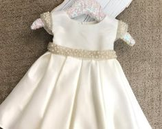 Baby Girl Christening Dress Baby Baptism Dress par BabyGalore0