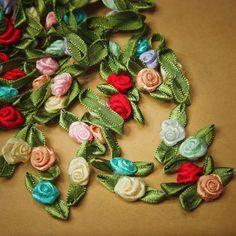 Ribbon Rose Applique  #craft365.com