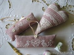 trims and buttons - so cute!  Great idea for all the linen scraps I have.  Stuff with lavender.