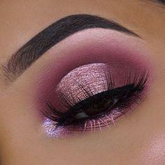 pink & purple halo cut crease with lavender inner-corner highlight Cute Makeup, Glam Makeup, Makeup Inspo, Makeup Art, Beauty Makeup, Makeup Brush, Beauty Tips, Eyeliner, Eyeshadow
