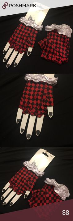 Harley Quinn fingerless checkered red black gloves Halloween costume or cosplay gloves perfect for a Harley Quinn costume. Or a jester, Alice in wonderland character like the Queen of Hearts. Size is ONE SIZE. They're pretty cute! The cardboard tag is torn as seen in pics. New and never used. halloween Accessories Gloves & Mittens