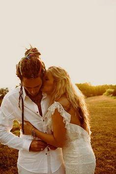 @Caitlin Kiernan Tuten Your wedding will be like this! So cute Boho Chic Bride: Hawaiian-Boho Wedding