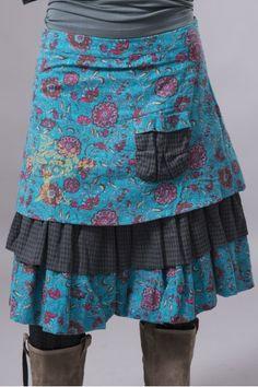 /jupe-mi-longue-bleu, jolie choix de tissus