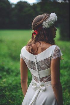 Mademoiselle De Guise - Créatrice de robes de mariée | Modèle: Camille | Crédits: Ce jour-là | Donne-moi ta main - Blog mariage --- #Mariage #RobesDeMariee #WeddingDresses #Wedding #mariage #Brides #bride #mariee #FutureMariee #boheme #MariageBoheme #MariageChic #MariageRock #Rock #Paris #CreariceDeRobesDeMariee #MademoiselleDeGuise