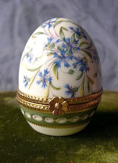 Vintage French Limoges Handpainted Floral Porcelain Egg Collectible Pill Trinket Box
