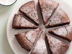 Découvrez la recette L'inratable au chocolat sur cuisineactuelle.fr.