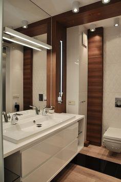 minimalistyczna łazienka w bieli