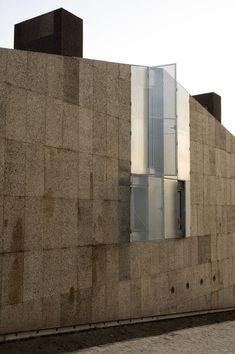 Arquitectos Anonimos / Atelier AA - Cork house