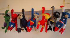 Hulk, Spiderman, Thor, Suoerman, Ironman, Batman og Captain Amerika kom lige fordi, og jeg fik et samlet billede af dem.